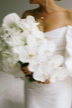 Wedding Pics, Wedding Bells, Wedding Styles, Dream Wedding, Wedding Day, Wedding Dresses, Here Comes The Bride, Bridal Style, Style Guides