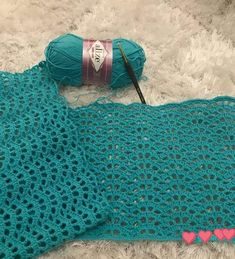 This Pin was discovered by HUZ - Salvabrani Crochet Shrug Pattern, Crotchet Patterns, Crochet Blouse, Crochet Scarves, Crochet Stitches, Knitting Patterns, Irish Crochet, Crochet Baby, Baby Knitting
