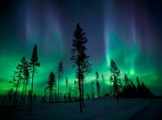 Chasing the Lights: How to Photograph the Aurora Borealis thumbnail