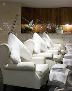 Hush-uk.com Founder Mandy swears by Cowshed spas - Here's the Cowshed Spa in Soho House, Berlin  http://www.i-escape.com/soho-house-berlin/
