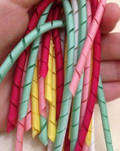 Fita Korker: Como fazer cachinhos de fita - DIY Korker Ribbon