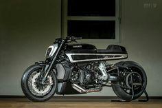 DEVIL IN DISGUISE: KRUGGER REWORKS THE DUCATI DIAVEL http://www.bikeexif.com/custom-ducati-diavel-krugger