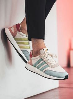 "adidas Originals I-5923 ""Pride"""