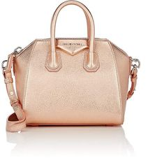 91d10ef3475 For the majority of women, buying an authentic designer bag just isn t  something to dash straight into. Because they hand bags can easily be so  pricey, ...
