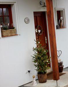 U nás na kopečku Candle Sconces, Ladder Decor, Wall Lights, Candles, Christmas, Holidays, Home Decor, Xmas, Appliques