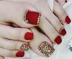 Beautiful Toe Nail Paint Designs/ Toe Nail Paint Collection 2019 in 2019 Pretty Toe Nails, Cute Toe Nails, Pretty Toes, My Nails, Feet Nail Design, Toe Nail Designs, Pedicure Designs, Paint Designs, Pedicure Nail Art