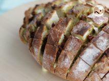 Receta Pan de hogaza con queso y pesto
