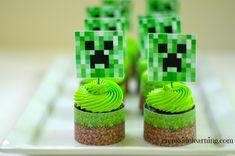http://puertabella.blogspot.com.br/2013/01/minecraft-party-dessert-table.html