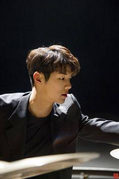kmh Mr Kang, Kang Min Hyuk, Lee Jong Hyun, Cnblue, Minhyuk, Beautiful Person, Gorgeous Men, Asian Fever, Krystal Jung
