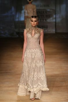 Rimple and Harpreet Narula. Indian Attire, Indian Wear, Indian Style, Indian Dresses, Indian Outfits, African Fashion, Indian Fashion, Rimple And Harpreet Narula, Couture Collection