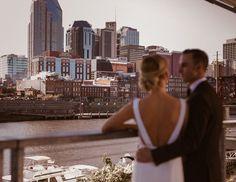 Minimal Modern Wedding | Bride and Groom | The Bridge Building | Downtown Nashville