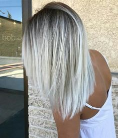 Check out latest article Icy Blonde Hair with Dark Roots Colour Ideas. Explore icy blonde hair balayage dark roots, icy blonde hair dark roots shoulder length, icy blonde hair highlights low lights, i White Blonde Hair, Light Ash Blonde, Blonde Color, White Ombre Hair, Ombré Blond, Ombre Colour, Color Highlights, Ombre Silver Hair, Blonde Highlights On Dark Hair Short
