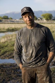 """Mike Rowe.  Champion of the Value of Working Hard!  Great Man - Great Role Model for young men.  mikeroweWORKS   @mikeroweworks  """"My name is Mike Rowe and I'm only dirty on the outside. Well, mostly... """"  Support Mike Rowe's efforts to see American Youth rejoin the """"hard work force"""" !  Go Mike!"""
