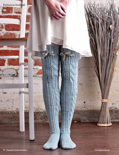 Strickanleitung Frost Feather Stockings Fantastische Socken Strickideen 0416