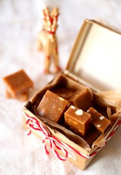 Toffeemakeiset  |  Home made toffee Caramels, Cookie Bars, Toffee, Homemade Gifts, Candy, Cookies, Blog, Recipes, Healthy