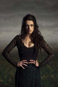Cosplay: Morgana Pendragon (BBC One's Merlin) I must convince them. I must convince them of my loyal Merlin Cosplay, Merlin Morgana, Lena Luthor, Colin Morgan, Katie Mcgrath, Bbc One, Film Serie, Belle Photo, Supergirl