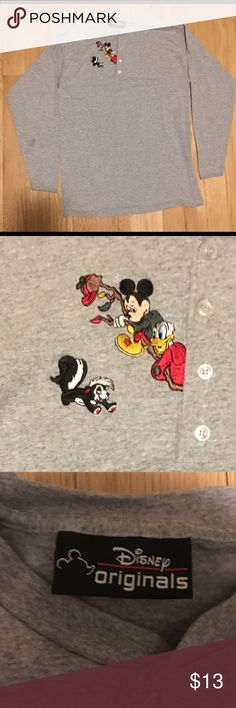 6a8d6b028da2ed Vintage Disney shirt 9 10 condition Small stain on right arm hardly  noticeable Embroidered graphic