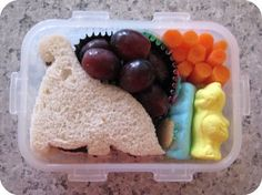 Future babies are totally getting packed lunches like this (even though I have no clue what those pastel molds are...)!