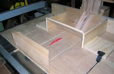 * I am working on a box now (thanks to *boxguy* for tips and inspiration) and I have never really made a GOOD one using proper technique. I am not overly thrilled with the look of box joints or dove. Cross Cut Sled, Table Saw Sled, Box Joints, Wood Picture Frames, Woodworking Jigs, Tools, Band, Projects, Crafts