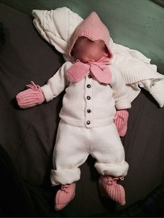 Ravelry: Linaas' Hentesett til baby