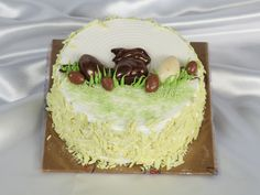 Monginis Food Pvt Ltd is the most trusted & biggest Cake brand in India since We are the largest manufacturers of Cakes, Pastries, packaged good and other baked products. Easter Hampers, Cake Branding, Fantasy Cake, Big Cakes, Cake Shop, Let Them Eat Cake, Cake Decorating, Baking, Desserts