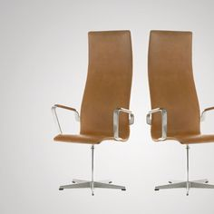 "Arne Jacobsen | ""Oxford Chair"" 