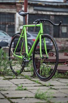 velo coursier livraison express custom 43 sur www.velocustom.eu