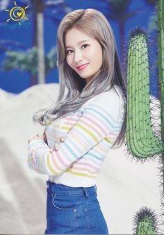 "Twice-Sana ""Happy Happy"" Postcard Scan Nayeon, Kpop Girl Groups, Korean Girl Groups, Kpop Girls, K Pop, Twice Songs, Warner Music, Sana Momo, Sana Minatozaki"