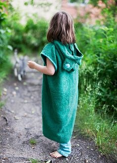 Frog tunic made of an old towel. See more DIY-ideas at Kassakerho and mmmadethis.com