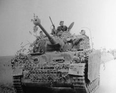 One of the Hitlerjugend Division's most prolific tank aces in Normandy was SS-Unterscharführer Willy Kretzschmar (cupola) who commanded a Panzer IV tank of the 5th Company, 12th SS Panzer Regiment. Kretzschmar accounted for 15 Allied tanks during the desperate defensive battles that the Hitlerjugend conducted in Normandy. He particularly distinguished himself in heavy defensive fighting around the strategically vital Hill 112 southwest of Caen. Pin by Paolo Marzioli