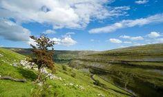 Limestone scenery in Langstrothdale, Yorkshire Dales