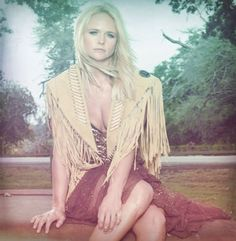 Kacey musgraves goddess creatures pinterest kacey for Miranda lambert the weight of these wings songs