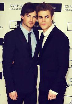 Ian & Paul -- The Vampire Diaries -- so hot!