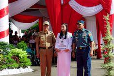 Penyerahan Bantuan Sosial 1.000 Kaca Mata Gratis dari Mabes TNI.