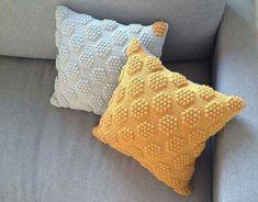 hexagon pillow popcorn stitch