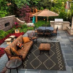 Learn how to create your ideal outdoor living space with help from the experts. Discover 12 tips for creating a backyard barbecue area, covered patio and more. Backyard Patio Designs, Small Backyard Landscaping, Pergola Designs, Backyard Pools, Landscaping Ideas, Patio Courtyard Ideas, Backyard Drainage, Backyard Ideas, Outdoor Rooms
