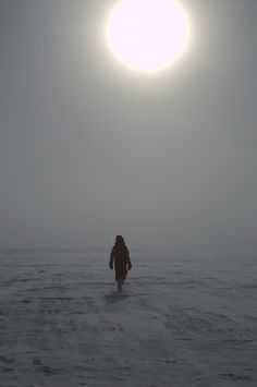 Walking in the Sun. Concordia Base, Antarctica. ESA_events IPEV/PNRA-A. Litterio