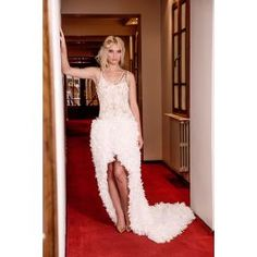 Bridal Dresses, Fashion, Bride Dresses, Moda, Bridal Gowns, Fashion Styles, Bride Gowns, Wedding Dressses, Fashion Illustrations