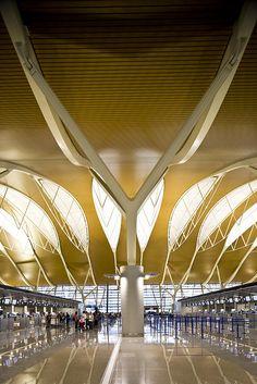Shanghai Pudong Airport   Flickr - Photo Sharing!