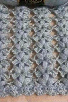 Crochet Leaves, Crochet Shawl, Crochet Flowers, Crochet Stitches, Sewing Patterns, Crochet Patterns, Barbie Accessories, Summer Patterns, Crochet Videos