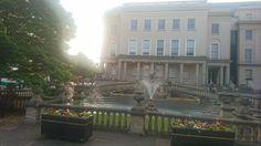 Neptune's Fountain, Promenade