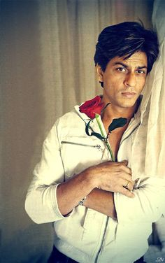 Shahrukh Khan, Is that rose for me...LOL..