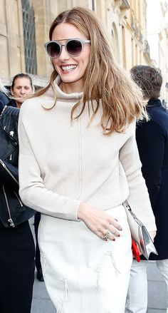 Olivia Palermo in a cream ensemble with a blonde textured lob