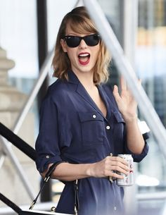 Leaving her apartment in New York City, New York (April 26, 2014) http://taylorpictures.net/thumbnails.php?album=2549