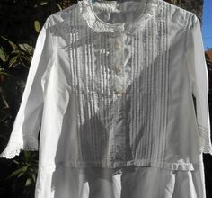 1880 White Cotton Lace Pleated Nightgown  French Victorian Mid Long Sleeves Nightie Handmade Front Embroidered  Medium Large
