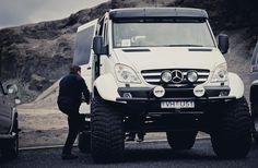 island gelaendewagen mercedes sprinter Mercedes Sprinter Camper, Mercedes Benz Trucks, Benz Sprinter, Off Road Camping, Camping Car, Ambulance, 4x4 Camper Van, Expedition Vehicle, Transporter