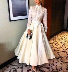 Pin by Honey Mae on Fashion: Barong Modern Filipiniana Gown, Filipiniana Wedding, Grad Dresses, Cute Dresses, Filipino Fashion, Classy Outfits, Couture Fashion, Mantel, Dress To Impress