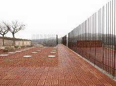 Bare Brickwork for Archaic Architecture | mapolis | architecture – the online magazine for architecture