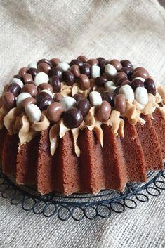 Snacks To Make, Nordic Ware, No Bake Pies, Savory Snacks, Love Food, Foodies, Cake Recipes, Muffin, Food Porn