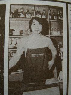 Haruki Murakami , He ran a jazz cafe named Peter Cat Before becoming an author
